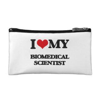 Amo a mi científico biomédico