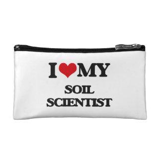 Amo a mi científico del suelo