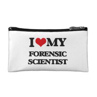 Amo a mi científico forense