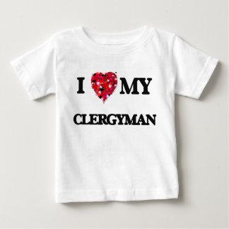Amo a mi clérigo t-shirt