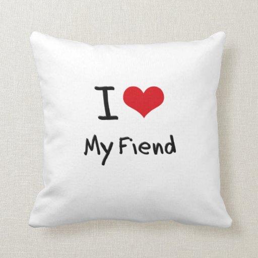 Amo a mi demonio almohada