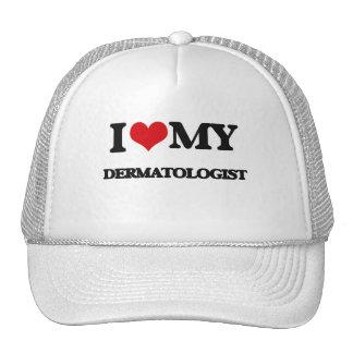 Amo a mi dermatólogo gorros bordados
