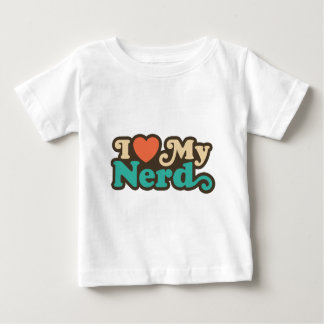 Amo a mi empollón tshirts