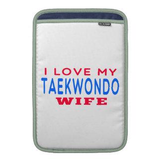 Amo a mi esposa del Taekwondo Funda MacBook