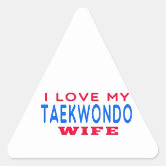 Amo a mi esposa del Taekwondo Pegatina Triangular