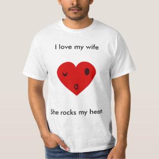 Amo a mi esposa, ella oscilo mi corazón playera