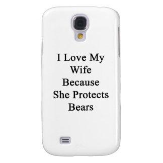 Amo a mi esposa porque ella protege osos