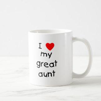 Amo a mi gran tía taza clásica