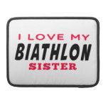 Amo a mi hermana del Biathlon Fundas Para Macbook Pro