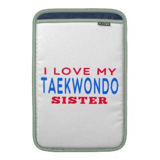 Amo a mi hermana del Taekwondo Funda MacBook