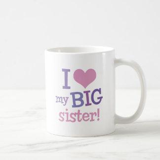 Amo a mi hermana grande taza clásica