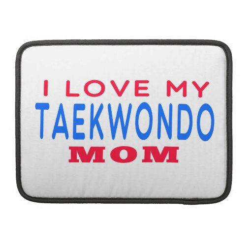 Amo a mi mamá del Taekwondo Funda Para Macbook Pro