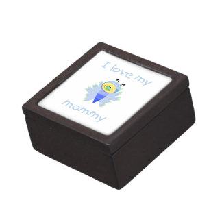 Amo a mi mamá el flutterbug del muchacho cajas de regalo de calidad