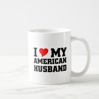 Amo a mi marido americano taza