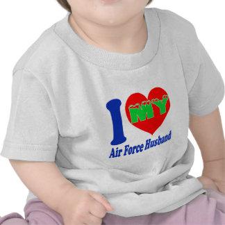 Amo a mi marido de la fuerza aérea camiseta