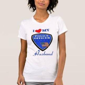 Amo a mi marido de la policía camiseta
