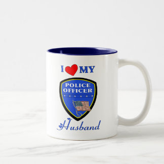 Amo a mi marido de la policía taza de dos tonos