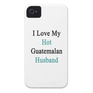 Amo a mi marido guatemalteco caliente iPhone 4 Case-Mate cobertura
