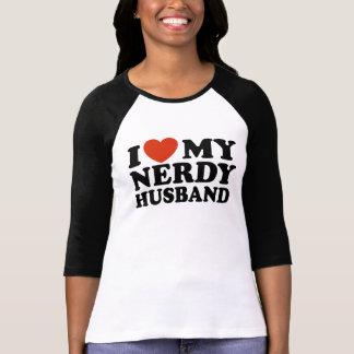 Amo a mi marido Nerdy Remera