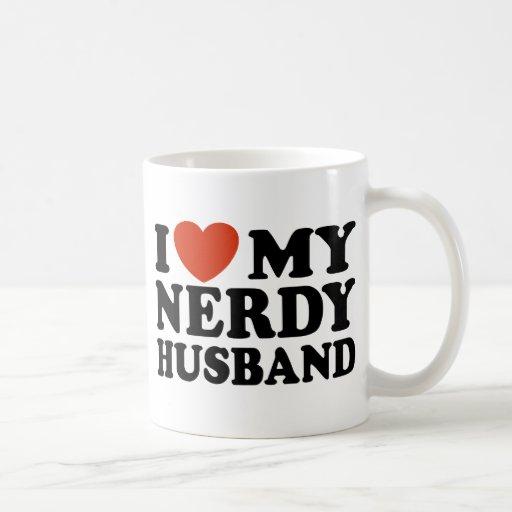 Amo a mi marido Nerdy Taza