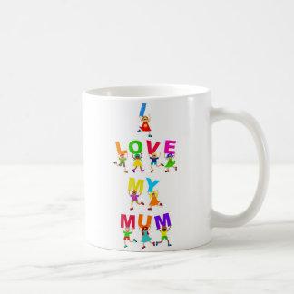 Amo a mi momia taza de café