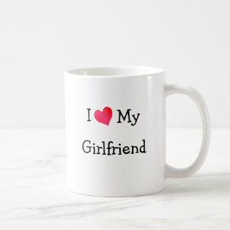 Amo a mi novia taza clásica