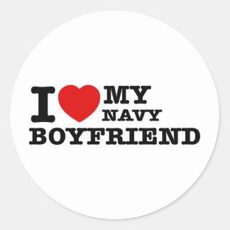 Amo a mi novio de la marina de guerra pegatina redonda
