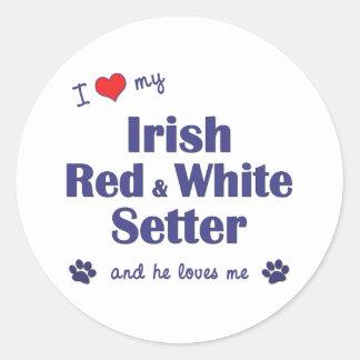 Amo a mi organismo rojo y blanco irlandés (el pegatina redonda