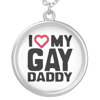 AMO A MI PAPÁ GAY - .PNG COLGANTE REDONDO