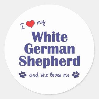 Amo a mi pastor alemán blanco (el perro femenino) pegatina redonda