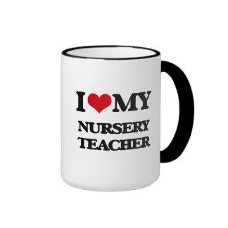 Amo a mi profesor del cuarto de niños taza a dos colores
