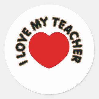Amo a mi profesor (el corazón) pegatina redonda
