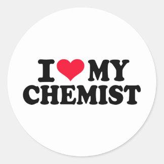Amo a mi químico etiquetas redondas