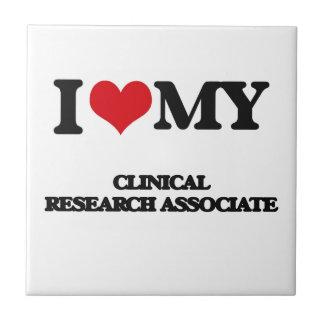 Amo a mi socio de investigación clínico tejas