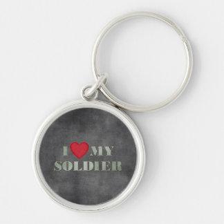 Amo a mi soldado llavero redondo plateado