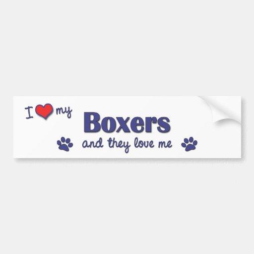 Amo a mis boxeadores (los perros múltiples) etiqueta de parachoque