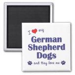 Amo a mis pastores alemanes (muchos perros) iman de nevera