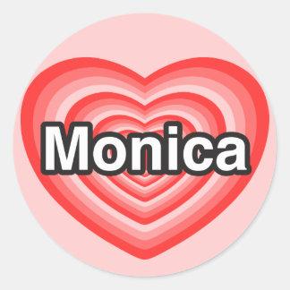 Amo a Mónica. Te amo Mónica. Corazón Pegatina Redonda