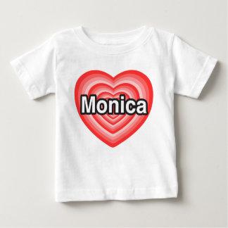 Amo a Mónica. Te amo Mónica. Corazón Tshirts