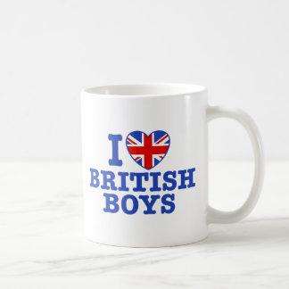 Amo a muchachos británicos taza