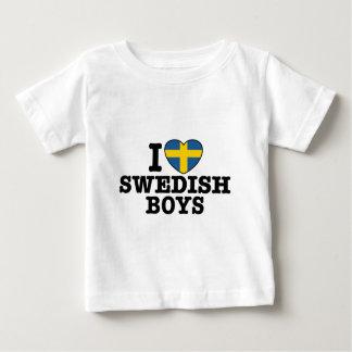 Amo a muchachos suecos playera de bebé