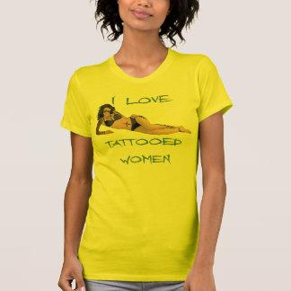 Amo a mujeres tatuadas camiseta