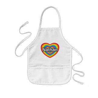 Amo a Nathan. Te amo Nathan. Corazón Delantales
