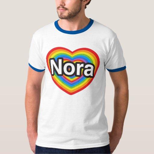 Amo a Nora. Te amo Nora. Corazón Playeras