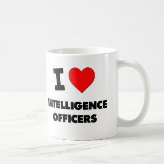 Amo a oficiales de inteligencia tazas de café