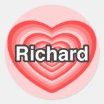 Amo a Richard. Te amo Richard. Corazón Pegatinas Redondas