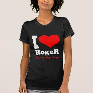 Amo a Rogelio. Él es mi vida Camisetas