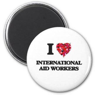 Amo a trabajadores de ayuda internacional imán redondo 5 cm