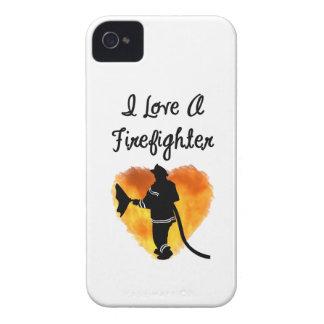 Amo a un bombero iPhone 4 Case-Mate cárcasa