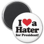 Amo a un enemigo para el presidente imán